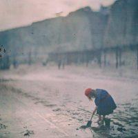 """Photo by John Cimin Walburg: 1910 """"The last digger."""""""