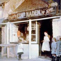 "Photo by John Cimin Walburg: 1915 ""A small customer."""